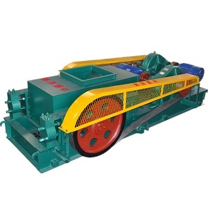 Double roller crusher machine