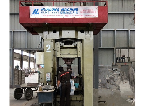 Industrial NC control mechanical brick press